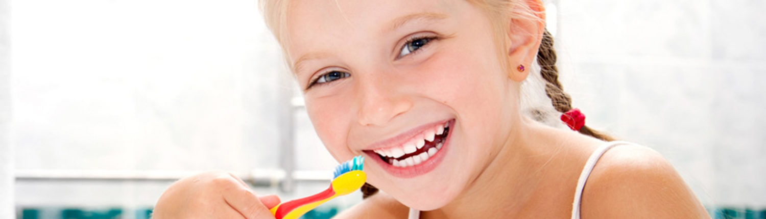 Park View Dental girl brushing teeth 1500x430 - Welcome